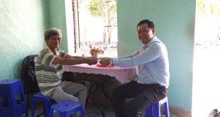 Thăm và trao tặng quà các gia đình chính sách và bà mẹ Việt Nam anh hùng trên địa bàn thành phố Quy Nhơn